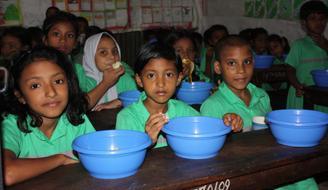 Infraestructuras de agua en 8 escuelas de Mymensingh, Bangladesh