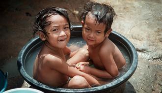 Mejora de la provisión de agua y el saneamiento en 10 guarderías de Tailandia