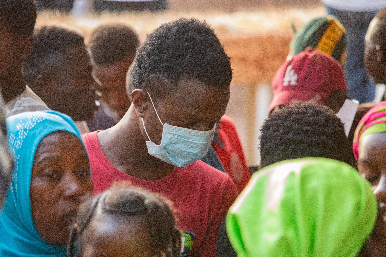 people precautions against covid in Mali