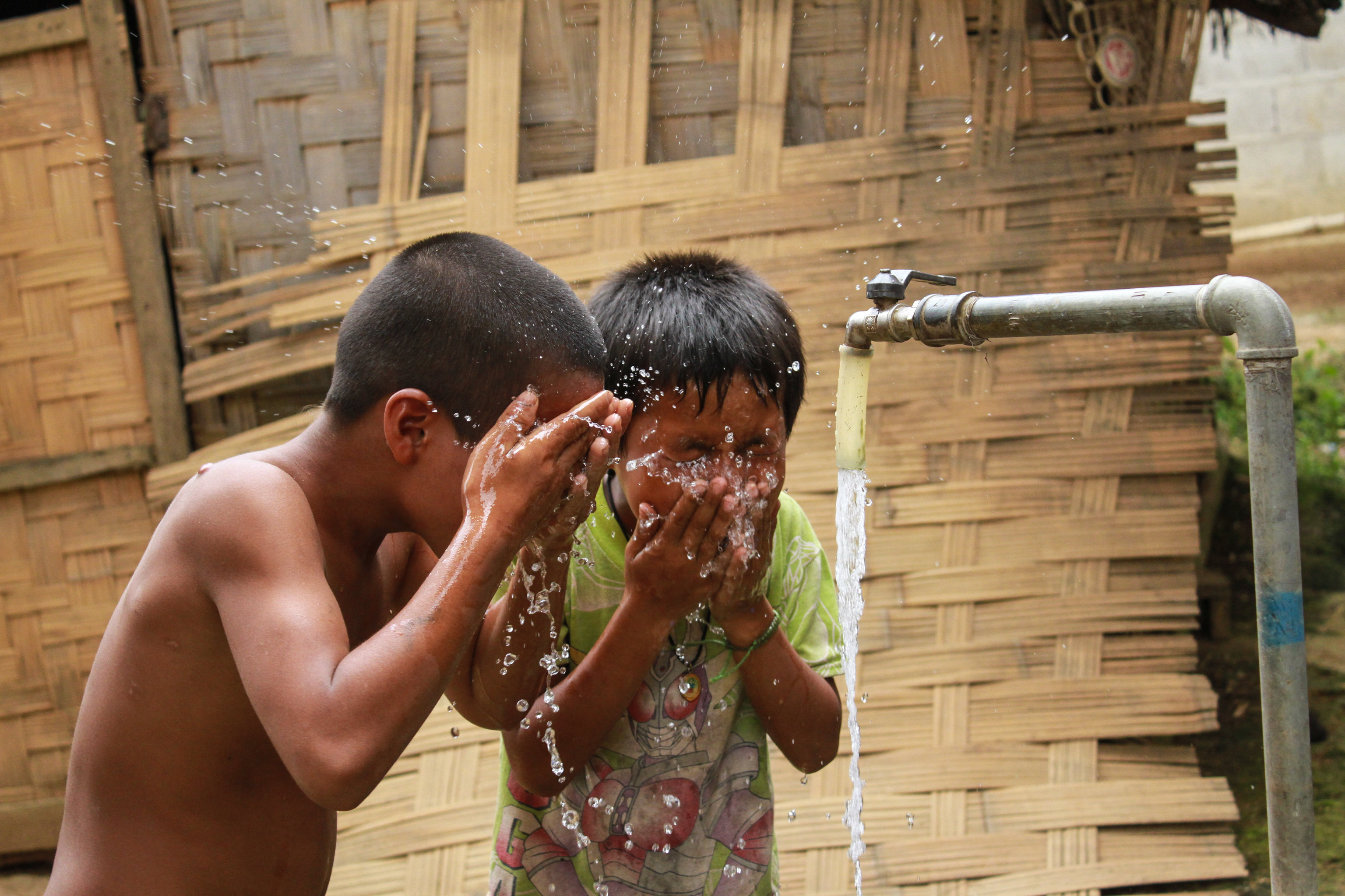 children cleaning their face
