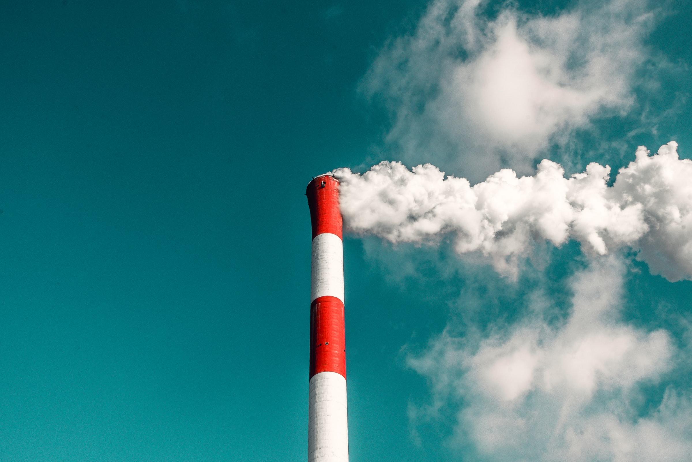 contaminación aire chimenea