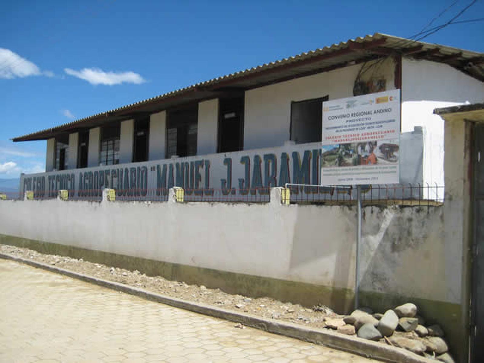 Colegio técnico agropecuario de la zona